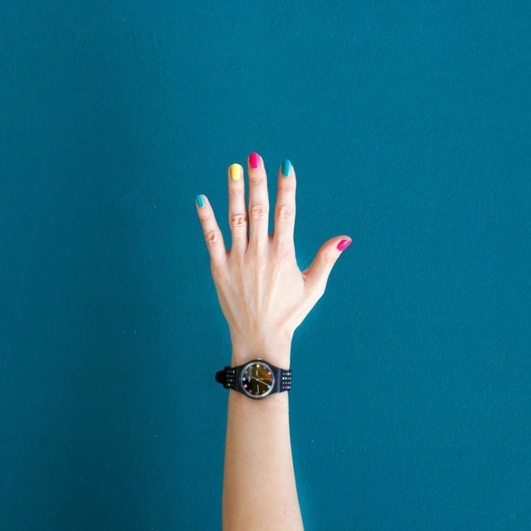 Co powinno się wiedzieć o manicure hybrydowym
